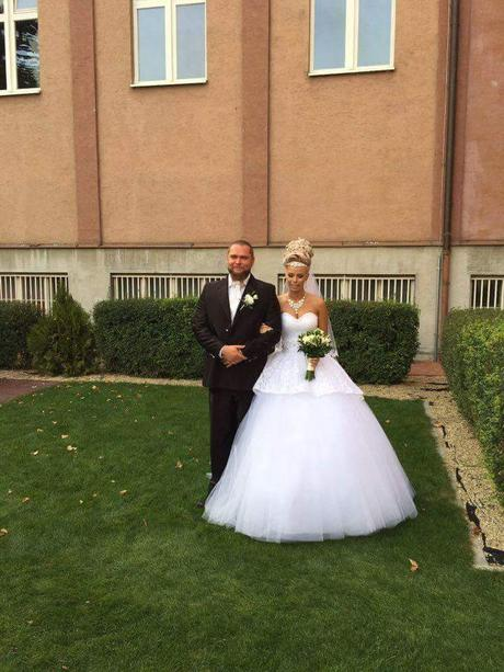 Neobycajne svadobne saty, 36