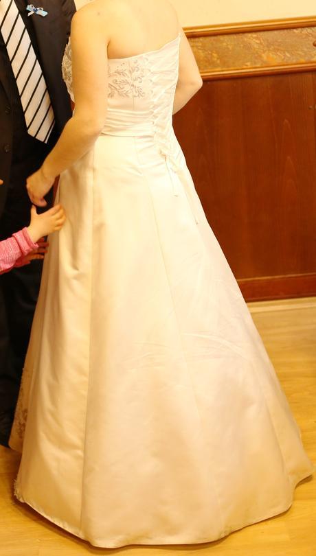 Svatební šaty bílé 38-42, 40
