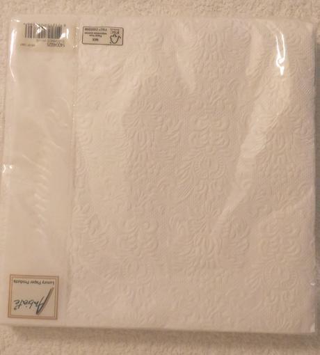 Embosované bílé ubrousky 15 ks 40x40cm,