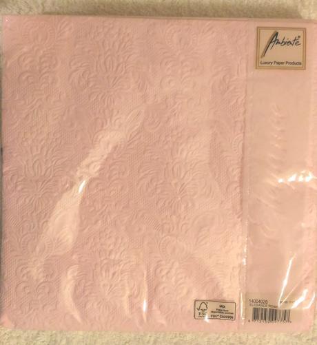 Embosované světle růžové ubrousky 15 ks,