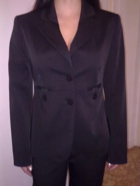 Nohavicovy kostym Chantall., 38