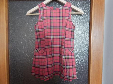 Kostkované šaty, 110