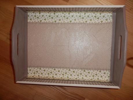 drevená tácka 35 cm x25 cm,