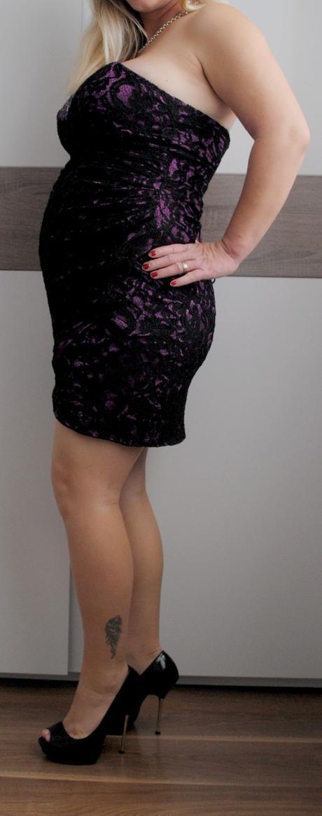 Čipkové šaty nad kolená, 42