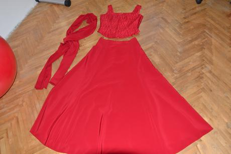 spoločenské korzetové šaty, 38