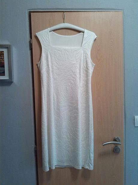 pouzdrové šaty vel.40 - 42, 40