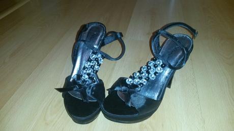 Čierne sandále s kamienkami, 36