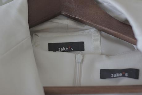 společenský / slavnostní kostým JAKE'S, 38