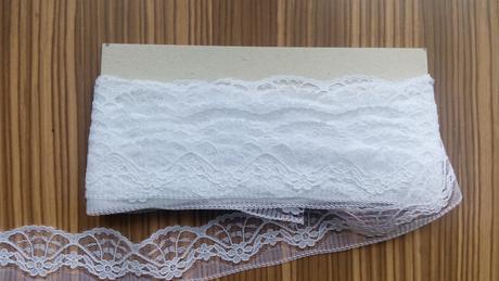 Bílá krajka Stoklasa, cca 11m,