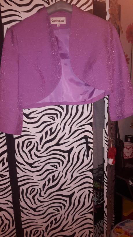 Spoločenské letné šaty s bolerkom, 40