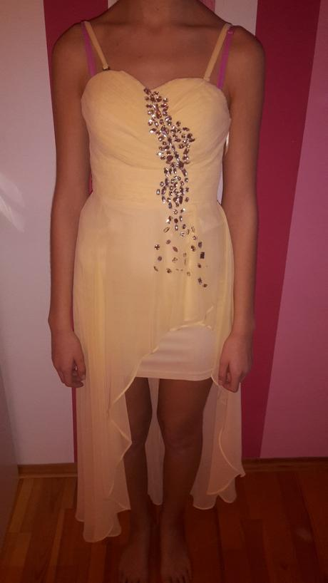 Žlté šaty, 36