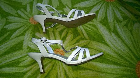 bílé sandále vel.37, 37