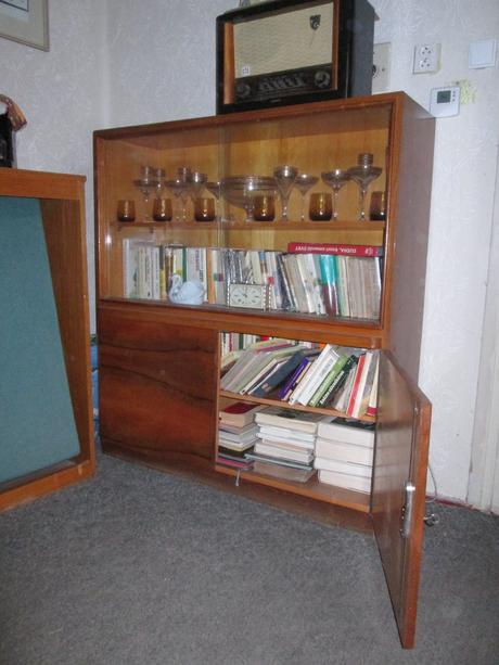 Starožitná knižnica,