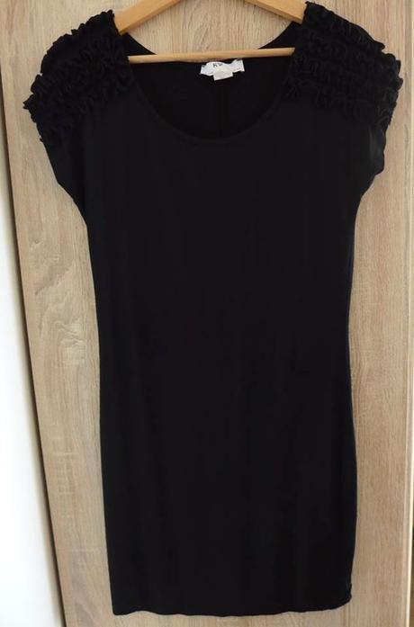 Černé elastické šaty bonprix 1e415456379