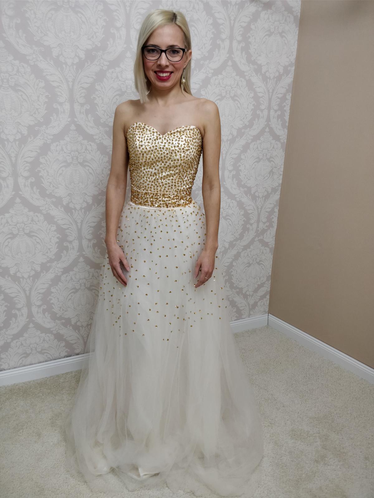 71fdb5f9e93d Dlhé spoločenské šaty zlaté