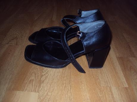 sandalky, 36