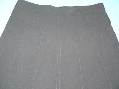 Kostýmová spoločenská sukňa, 40