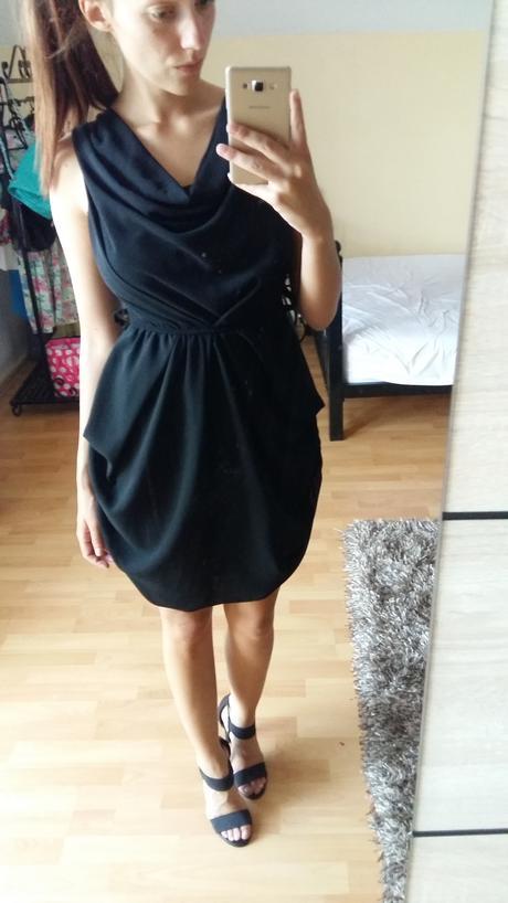 Čierne šaty krátke , 34