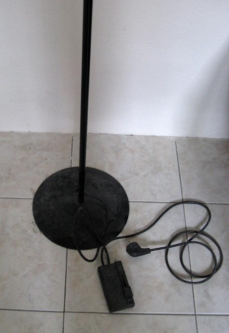 Stojací lampa,