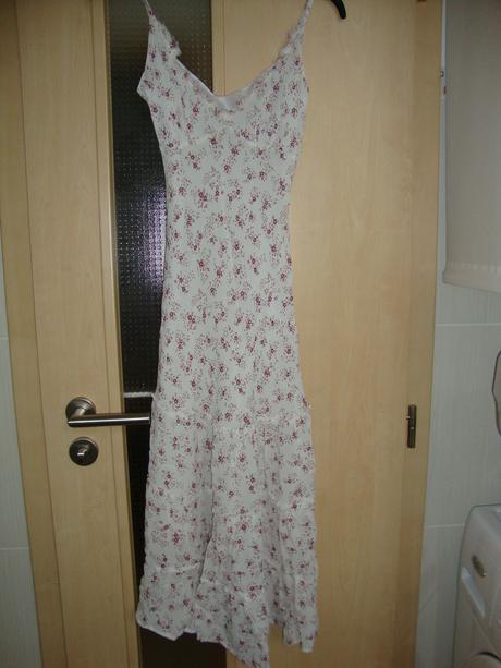 Šaty pro nevěstu i družičku, XS