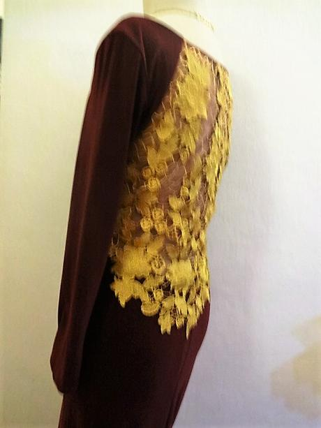 bordo společenské šaty , M