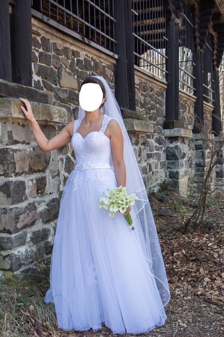 SvadobnéŠaty, 38
