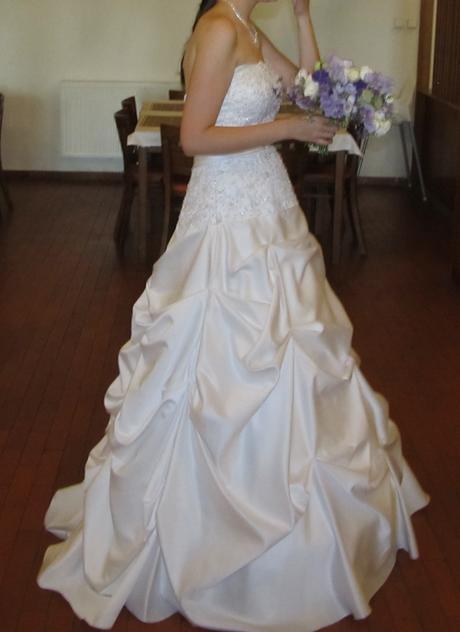 svatební šaty (vel.38-42), 38