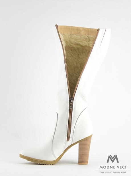 e4429def65f1 Elegantné kožené čižmy model 08 v bielej farbe 36