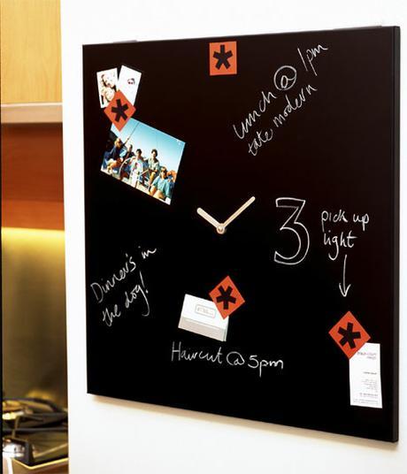 Magnetická tabuľa s hodinami Time Square 58x58cm,