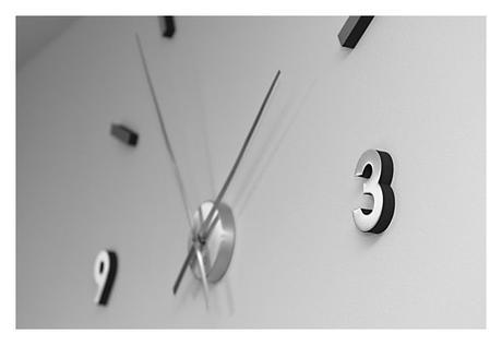 Nalepovacie nástenné hodiny čierne- 80-100cm,