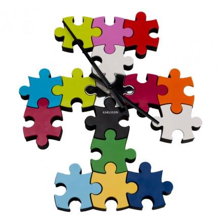 nastenne hodiny s puzzle motívom karlsson,