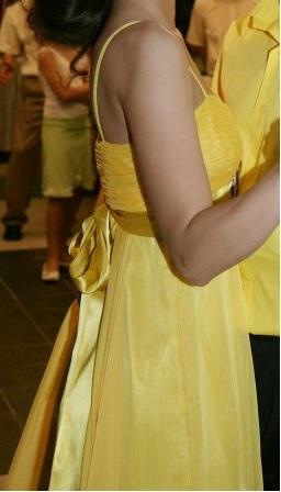 1x oblečené šaty, M
