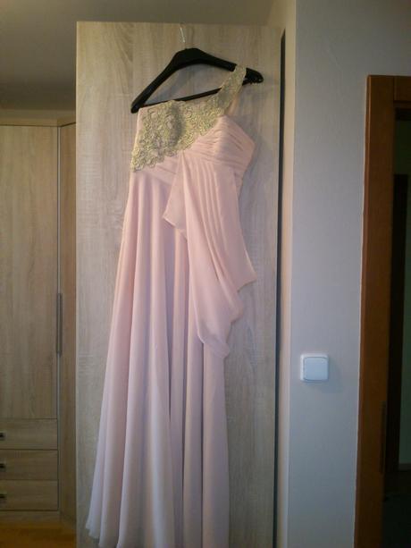 Spoločenské šaty, jemne ružové, 36