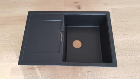 Dřez + baterie Schock - nepoužité - granit černý,