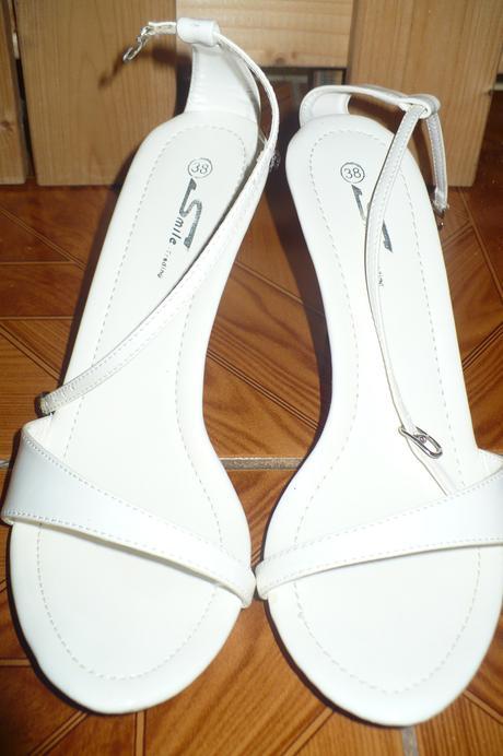 biele sandálky, 38
