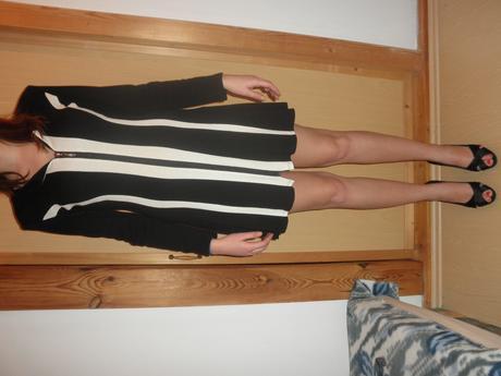 Čierno-biele šaty , 40