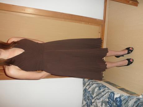 Krátke tanečné šaty, 40