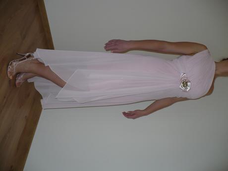 ružové spoločenské šaty aj pre tehulky, 38