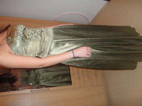 Spoločenské šaty olivovo-zelené , 38