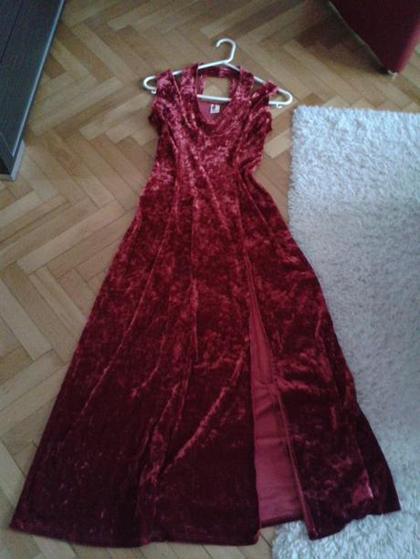 Společenské dlouhé bordó šaty, 38