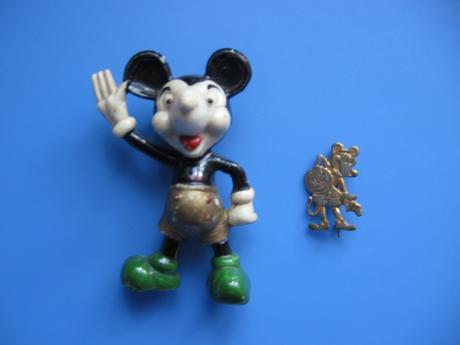 Figurka z Mickey Mause z roku 1960,