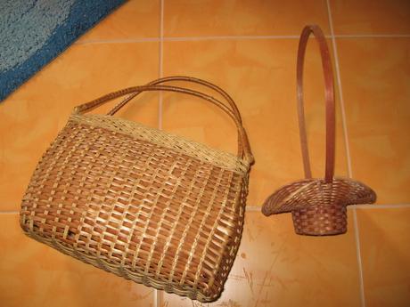 Proutěný košík+ kabelka,