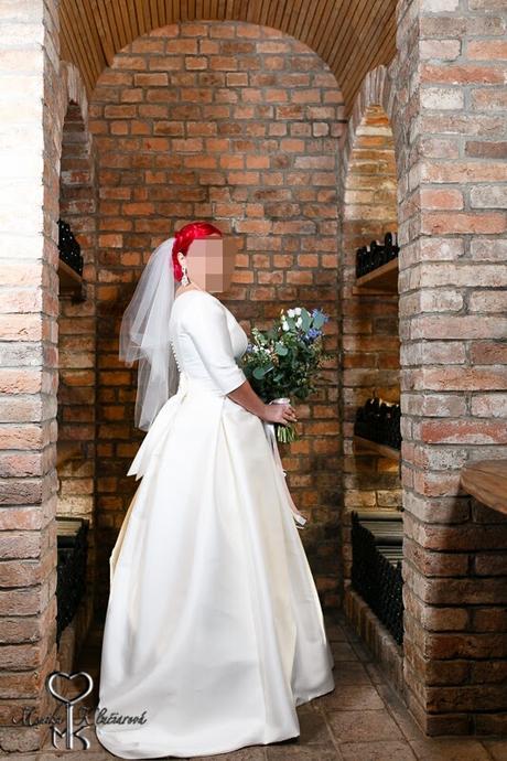 Svadobné šaty šité na mieru, 44