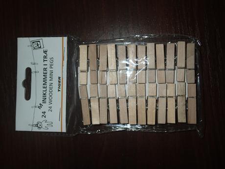 drevěné kolíčky 24kč,