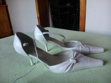 svatební sandálky na podpadku, 38