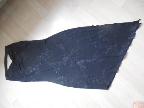 Společenské, plesové šaty, 37