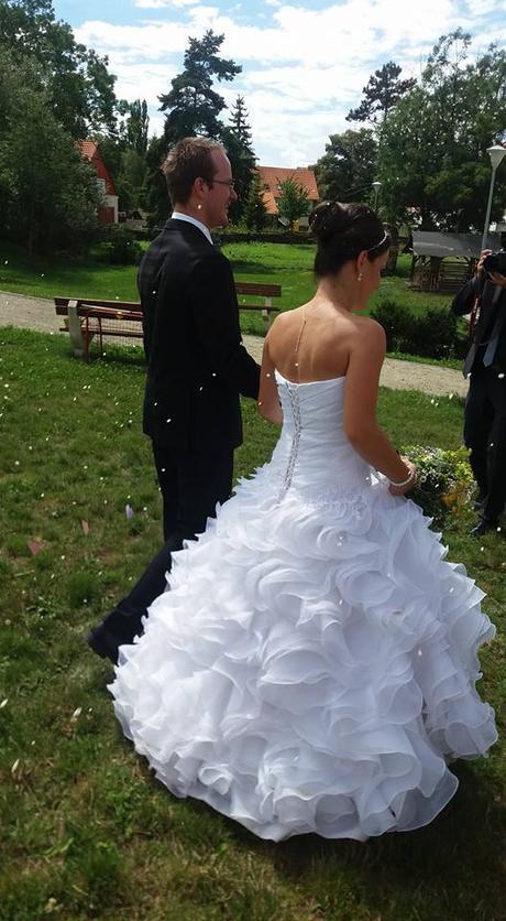 Princeznovské svatební šaty, 36