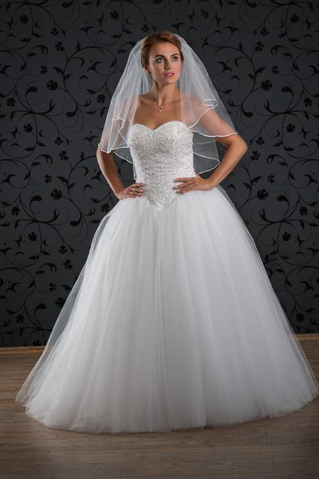 Svatební šaty Clea, 38