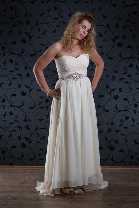 Svatební šaty Darcy, 42