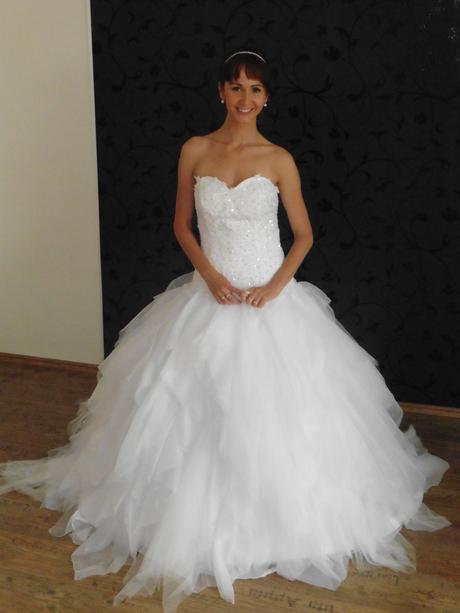 Svatební šaty Jenny, 40